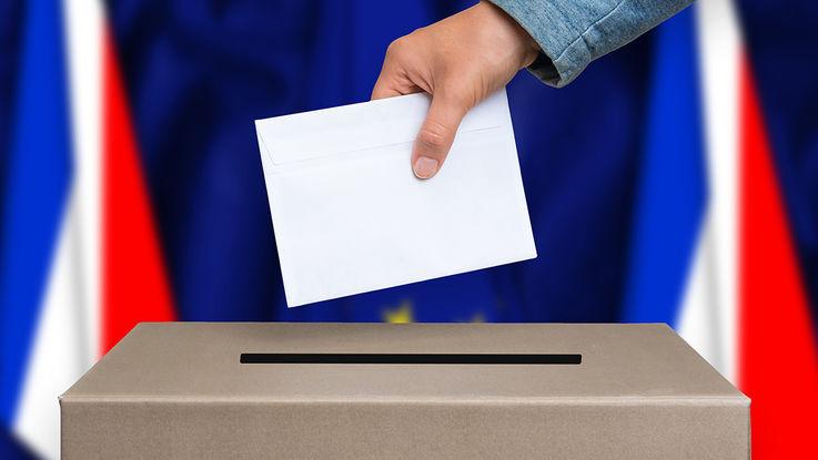 Aux portes des législatives, un point sur les institutions politiques